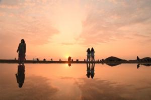 【父母ヶ浜】瀬戸内海の天空の鏡★香川の絶景フォトスポット