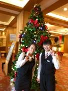 クリスマスツリーの飾り付け!!